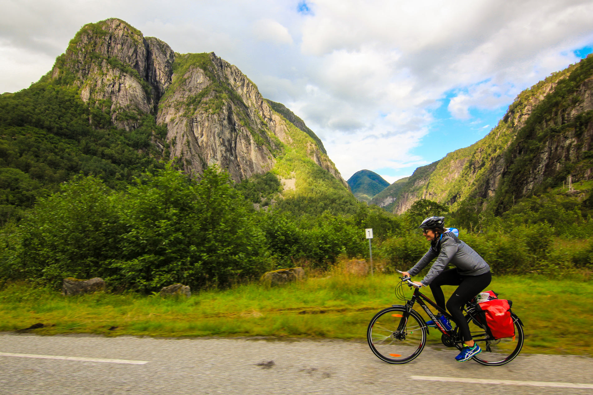 Fjord cycling route